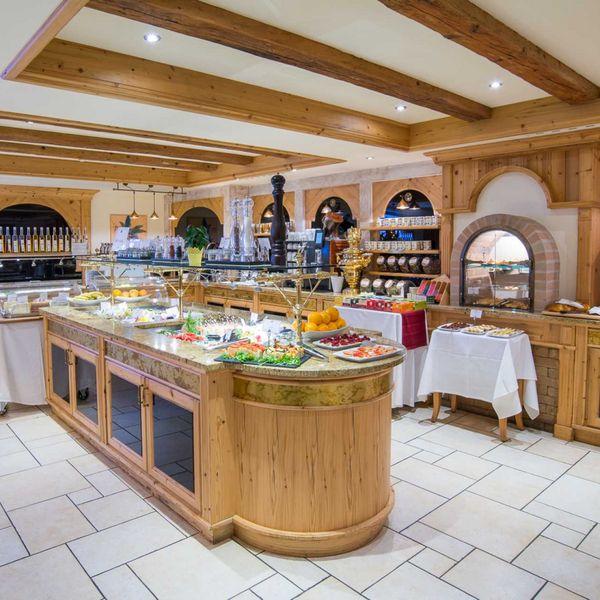 buffet_frühstück_Vitalbuffet_gourmet_haubenrestaurants_südtirol_hotel_für_feinschmecker_südtirol_gourmethotel_südtirol