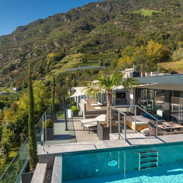 Penthousesuite_dolce_vita_premium_outdoor_terrasse_private_infinitypool_sauna_suite_mit_aussicht_suit_mit_whirlpool_beste_wellnesshotel_aktivurlaub_südtirol