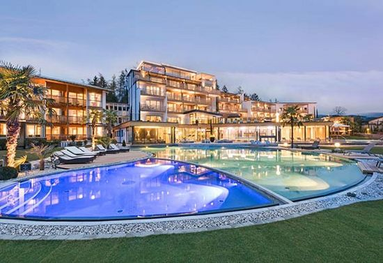 Aussenansicht Hotel Alpiana