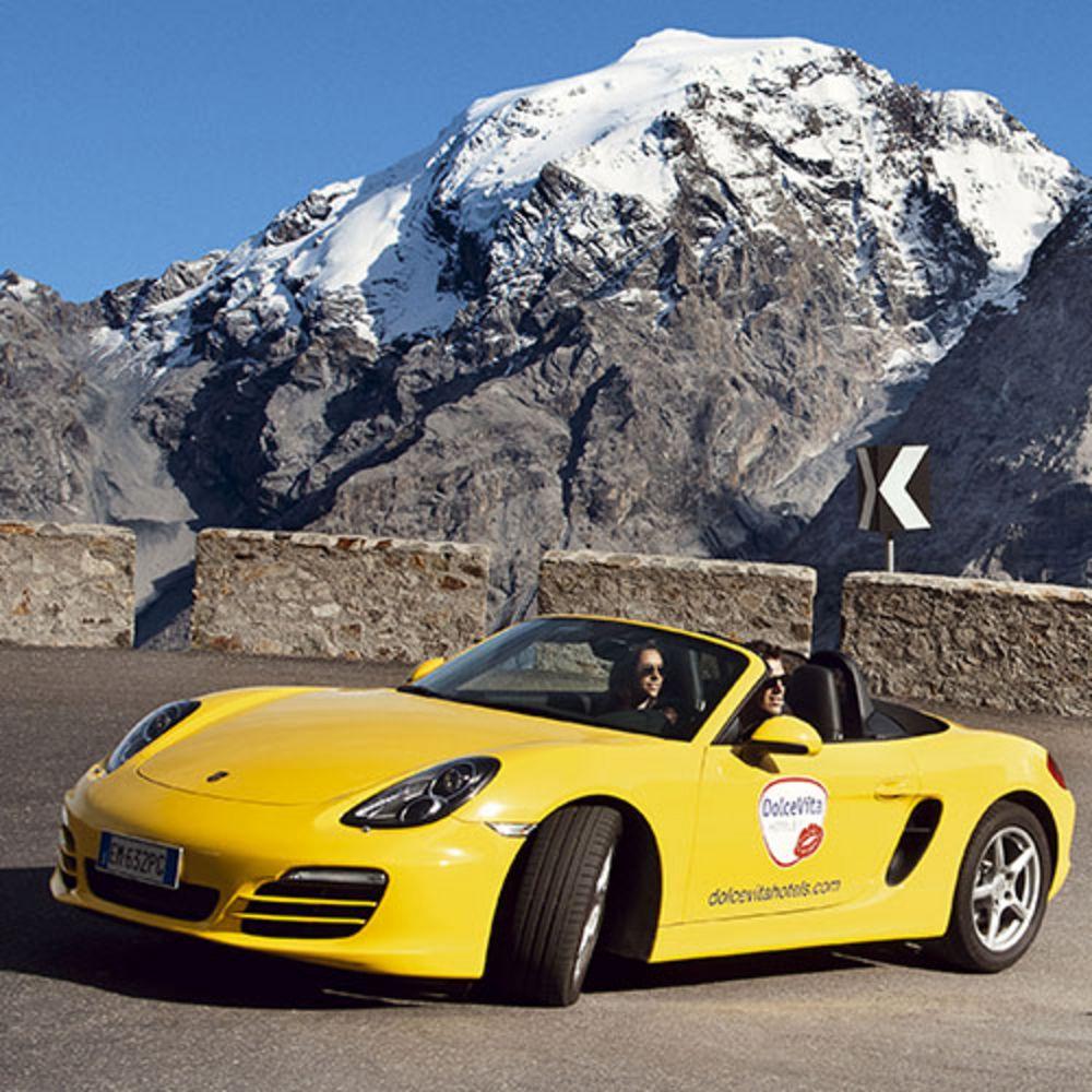 Cabrio auf Bergstrasse